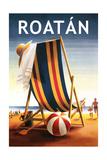 Roatan - Beach Chair and Ball Plakater af  Lantern Press