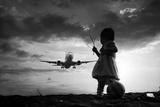 Fly Again Fotografie-Druck von  Trijoko