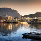 Awesome South Africa Collection Square - Cape Town Harbour and Table Mountain at Sunset Fotografisk tryk af Philippe Hugonnard