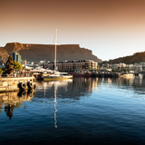 Awesome South Africa Collection Square - Cape Town Harbour and Table Mountain at Sunset II Fotografisk tryk af Philippe Hugonnard