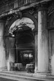 Venice Arches V Impressão fotográfica por Rita Crane