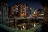 Germany, Hamburg, Speicherstadt (Warehouse District), Pickhuben, Night, Night Shot Reproduction photographique par Ingo Boelter