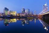 Austria, Vienna, Donau-City, Donau-City, City View, Evening-Mood, Danube, Panorama Impressão fotográfica por Rainer Mirau