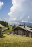 Alpine Huts at the Plateau of the Pralongia, St. Kassian, Val Badia, South Tyrol, Italy, Europe Reproduction photographique par Gerhard Wild