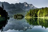 Lake Eibsee with 'Zugspitze' Fotografie-Druck
