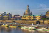 Europe, Germany, Saxony, Dresden, Elbufer (Bank of the River Elbe) with Paddlesteamer Lámina fotográfica por Chris Seba