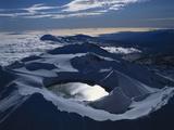 New Zealand, Mount Ruapehu with Crater Lake Impressão fotográfica por  Thonig
