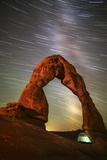 Delicate Arch Star Trails Reproduction photographique par  Darren White Photography