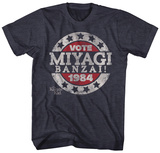 Karate Kid- Vote Miyagi Banzai Button T-skjorte