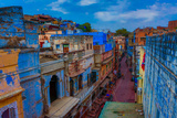 The Blue Rooftops in Jodhpur, the Blue City, Rajasthan, India, Asia Lámina fotográfica por Laura Grier