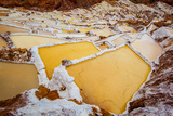 Salineras De Maras, Maras Salt Flats, Sacred Valley, Peru, South America Fotografisk trykk av Laura Grier