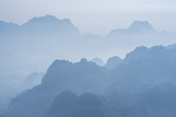 Misty Limestone Karst Mountain Landscape at Sunrise, Seen from Mount Zwegabin, Hpa An Reproduction photographique par Matthew Williams-Ellis