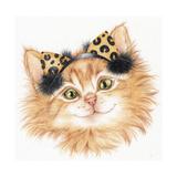 Ear Muff Kitten Impressão giclée por Karen Middleton