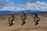 Three Riders Race Single File at a Bmx Race 写真プリント : Keith Ladzinski
