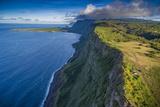 Naiwa Cliffs on Molokai's North Shore Fotografisk trykk av Richard A. Cooke