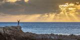 Sunset at Kawakiu Nui on Molokai's West End Fotografisk trykk av Richard A. Cooke