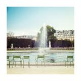 Paris Moments V Poster por Laura Marshall