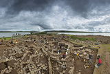 The Archeology Dig Site at the Ness of Brodgar in Orkney That Is Revealing a Neolithic Sacred Site Fotografisk trykk av Jim Richardson