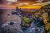 Londrangar Sea Stacks and the Thufubjarg Cliffs. Iceland Fotografisk trykk av Ragnar Th Sigurdsson