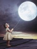 Fairy Portrait of a Little Cute Girl with a Moony Balloon Reproduction photographique par Konrad B?k