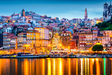 Porto, Portugal Old City Skyline from across the Douro River Fotografisk tryk af Sean Pavone