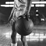 Basketball Held by Player Wilt Chamberlain, 1956 Fotografisk tryk af Frank Scherschel