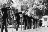 Secret Service Agents in Training Shooting Targets, Washington DC, 1968 Reproduction photographique par Stan Wayman