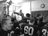 Players and their Coach, Murray Warmath, Minnesota-Iowa Game, Minneapolis, November 1960 Fotografisk tryk af Francis Miller