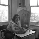American Artist Honore Desmond Sharrer (1970 - 2009) in Her Studio, February 1950 Reproduction photographique par W. Eugene Smith