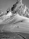 Skiing Near Cortina D'Ampezzo, 1920s Fotografisk trykk av Scherl Süddeutsche Zeitung Photo