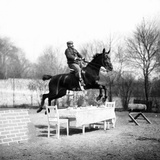Jump over a Table, 1907 Photographic Print by  Süddeutsche Zeitung Photo