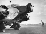 Start einer Junkers Ju 52 auf dem Berliner Flughafen Tempelhof, 1937 Fotografie-Druck von Scherl Süddeutsche Zeitung Photo