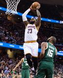 Milwaukee Bucks v Cleveland Cavaliers Photographie par Jason Miller