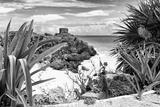 ¡Viva Mexico! B&W Collection - Tulum Riviera Maya IX Fotografie-Druck von Philippe Hugonnard